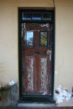 zamknięte stare drzwi